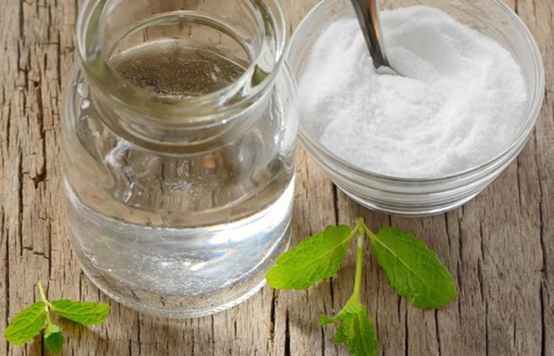 Dầu dừa kết hợp cùng baking soda cho hiệu quả tẩy lông vượt trội