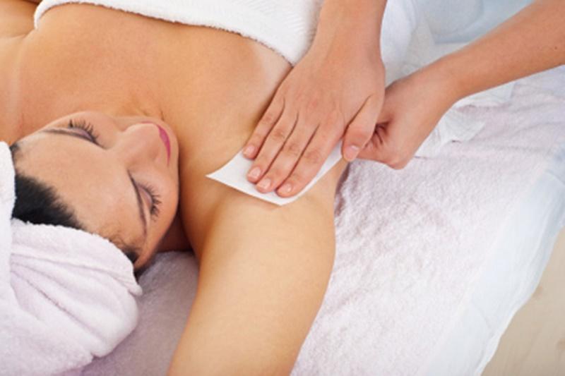 Bạn nên áp dụng phương pháp tẩy lông bằng oxy già từ 2 - 3 lần/tuần